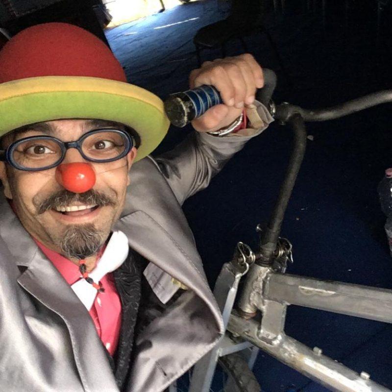 Prof. Pietrosky naso rosso bici da circo clown atrito